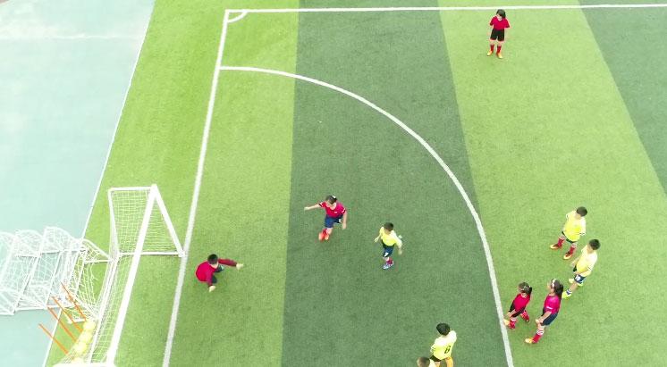 學校足球教育.jpg